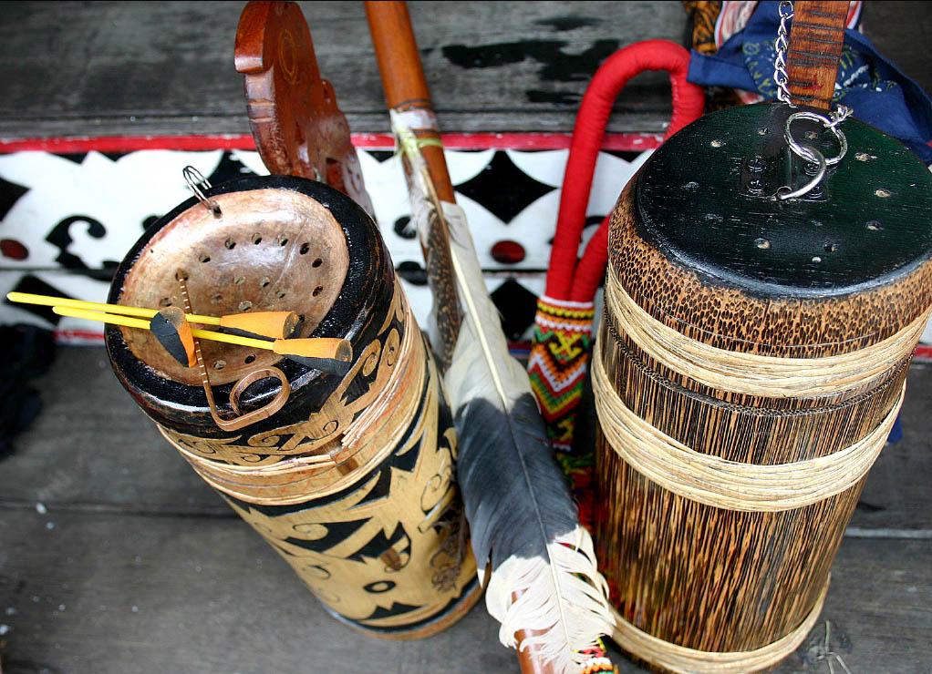 Sumpit Dayak » Budaya Indonesia