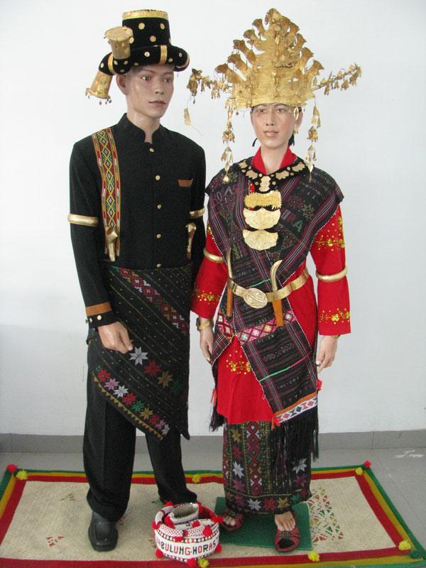 Pakaian Adat Angkola » Budaya Indonesia