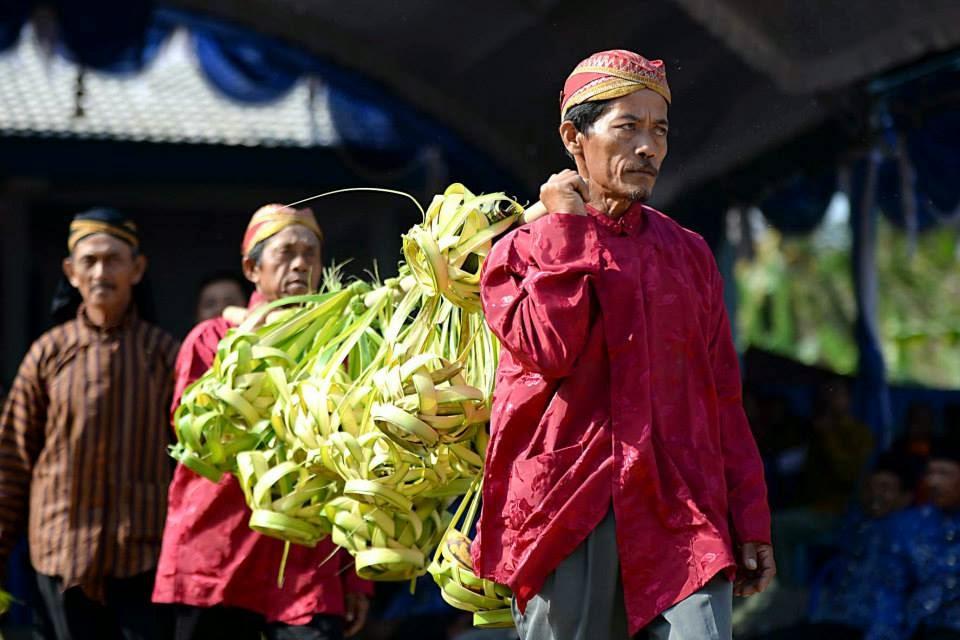 Upacara Adat Jangkrik Genggong » Budaya Indonesia
